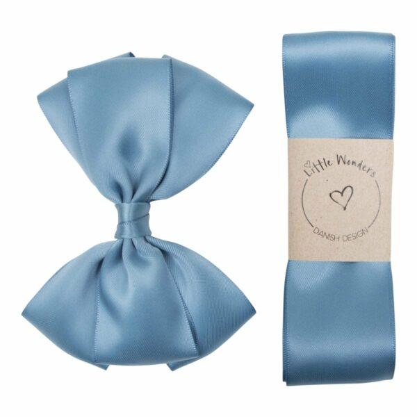 Dåbs sæt til drenge i støvet blå silke