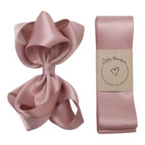 Dåbs sæt til piger i støvet rosa silke