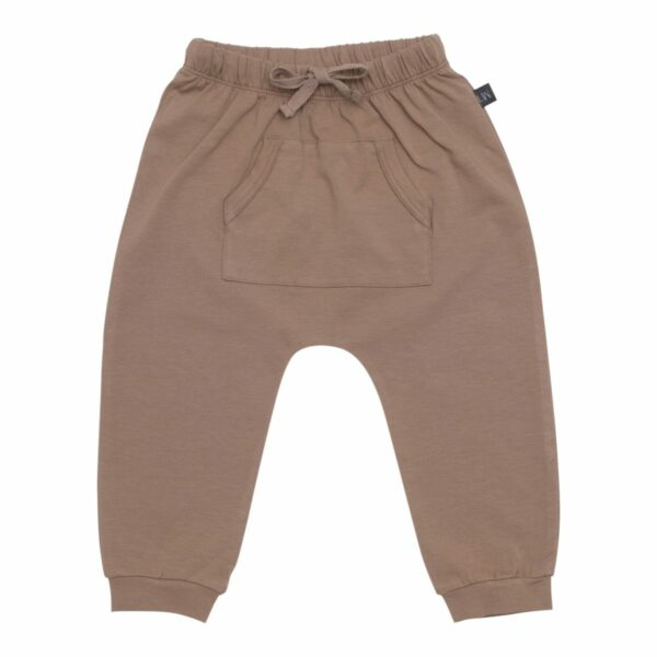 Baggby pants boys chestnut front | Chestnut brune baggy bukser med lommer til drenge