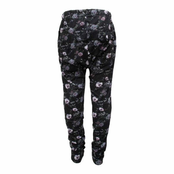 CR1 7702 Edit | Black Flower Saga Teen Baggy Pants med flæselommer