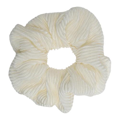 CR1 7884 removebg preview | Scrunchie i creme farvet plissé stof fra Little Wonders
