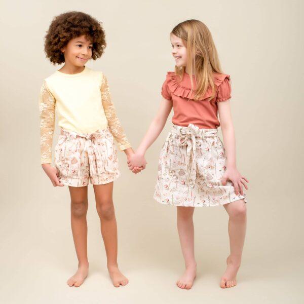 CR1 9244 Edit Edit scaled | SS20 Sommerfugle printede Pixie shorts med sløjfe