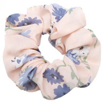 Lyserød scrunchie med blomster